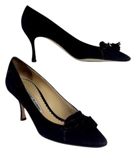 Manolo Blahnik Black Suede Heels Pumps