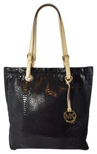 Michael Kors Croc Python Embossed Leather Jet Set Snakeskin Tote in Black
