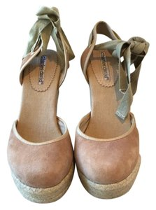 Charles David Tan Wedges