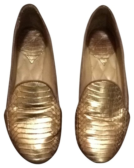 Preload https://item5.tradesy.com/images/brian-atwood-gold-flats-1676949-0-0.jpg?width=440&height=440
