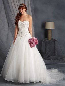 Alfred Angelo Alfred Angelo Style# 2450 Wedding Dress