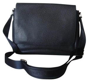 Louis Vuitton Ocean Bue Messenger Bag