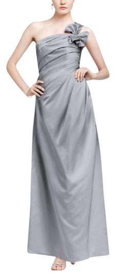 David's Bridal Silver Satin One Shoulder Formal Bridesmaid/Mob Dress Size 8 (M)