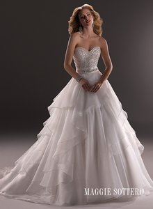 Maggie Sottero Maggie Sottero Raynie Wedding Dress