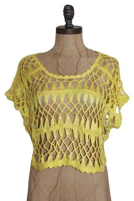 Preload https://img-static.tradesy.com/item/16771483/anthropologie-yellow-and-clay-crochet-crop-blouse-size-8-m-0-1-650-650.jpg