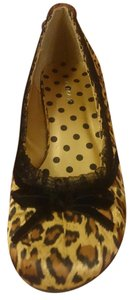 Gomax Womens Kitten Heel Animal Print Sz 6 leopard print Pumps
