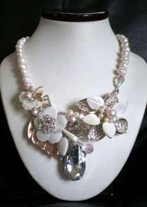 Ivory Diamond Teardrop Floral Freshwater Pearl Necklace