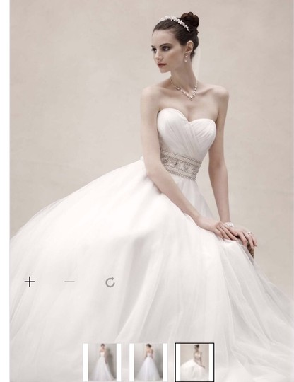 Preload https://img-static.tradesy.com/item/16774156/oleg-cassini-white-tulle-cpk440-street-traditional-wedding-dress-size-6-s-0-0-540-540.jpg