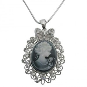 Grey Victorian Cameo Lady Pendant Necklace Sparkling Silver Casting Frame Jewelry Set