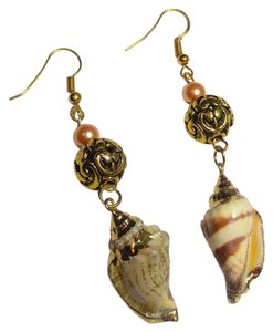 Other New Shell Long Dangle Earrings W/ Pearl Gold Tone J2699