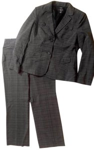 Style & Co New Style & Co. Pin Striped Gray Pants Suit Blazer Size 12 P2093
