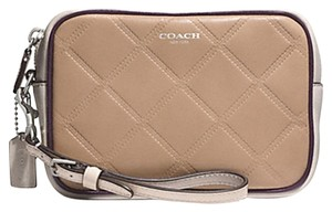 Coach Wristlet in Silver/Light Khaki Multi