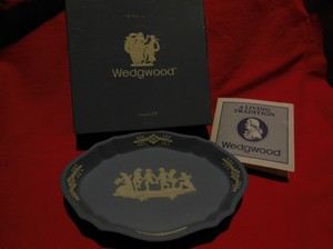 Wedgwood Jasperware Portland Blue Fluted Oval Pin Tray In Box