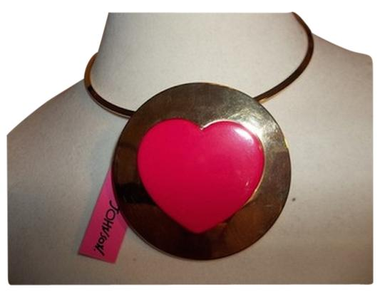 Preload https://item5.tradesy.com/images/betsey-johnson-pink-heart-statement-necklace-1677689-0-0.jpg?width=440&height=440