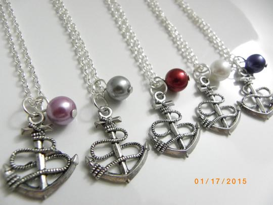 Preload https://item5.tradesy.com/images/grey-pink-white-cream-red-glue-set-of-6-bridesmaid-anchor-bridesmaid-pearl-bridesmaid-necklace-1677744-0-0.jpg?width=440&height=440