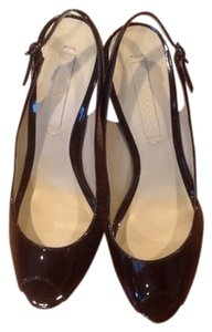 BCBGMAXAZRIA black patent leather Pumps