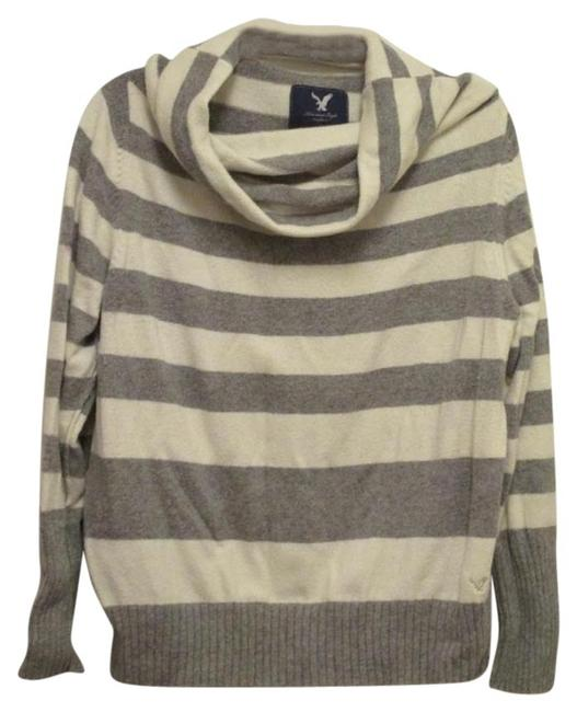 Preload https://item2.tradesy.com/images/american-eagle-outfitters-gray-stripped-cowl-neck-xxl-1x-1416-sweaterpullover-size-20-plus-1x-1678161-0-0.jpg?width=400&height=650