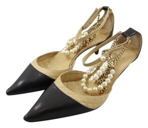 Chanel Heels Leather Black and Tan Pumps