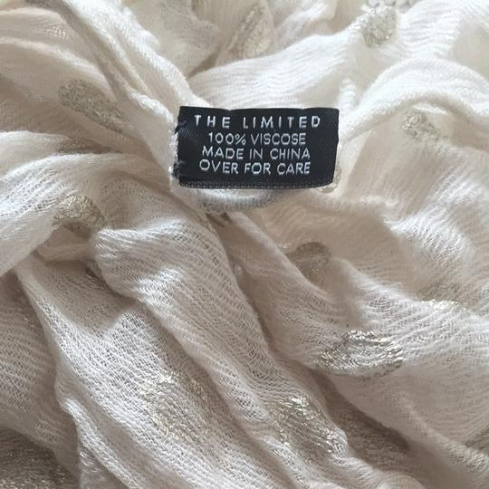 The Limited Lightweight & Adorable Scarf