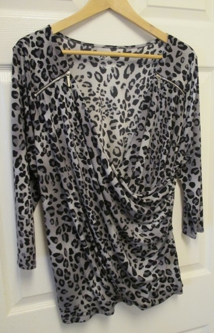 Lane Bryant 1x 14/16 Stretch/Fitted Top Gray Leopard Print