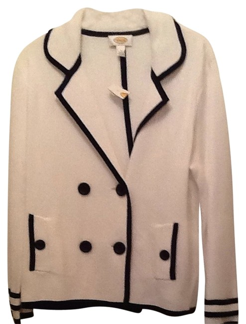 Item - White and Navy Jacket Pant Suit Size 12 (L)