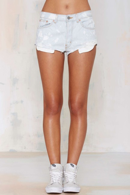 Nasty Gal Distressed Pin-up Sexy High-waist Cut Off Shorts blue Image 4