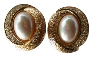 Dior Vintage Christian Dior Gold Earrings