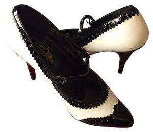 Pleaser Wing Tips Mary Jane Retro Spectator Oxford Black White Pumps