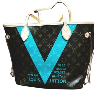 Louis Vuitton Tote in Brown, Cream, Turquoise