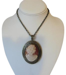 AMEDEO AMEDEO Large Greek Key Cameo Pendant