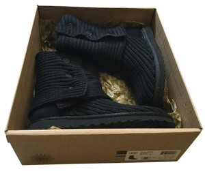UGG Australia New In Box 5819 Classic Cardy Black Boots
