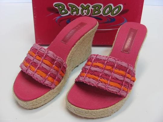 Bamboo New Size 8.50 M Excellent Condition Pink, Apricot Wedges Image 1