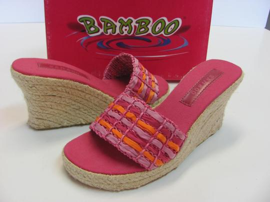 Bamboo New Size 8.50 M Excellent Condition Pink, Apricot Wedges Image 2