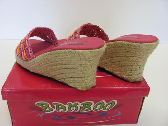 Bamboo New Size 8.50 M Excellent Condition Pink, Apricot Wedges Image 4
