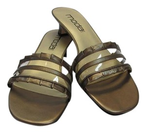 Moda Spana New Size 8.50 M Excellent Condition Bronze Sandals