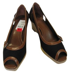 Joan & David New Size 8.50 M Excellent Condition Black, Brown, Neutral, Wedges