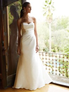 Enzoani Bt16-17 Wedding Dress