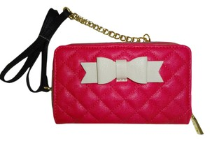 Betsey Johnson WALLET ON A STRING FUCHSIA ZIP AROUND /BI-FOLD WALLET