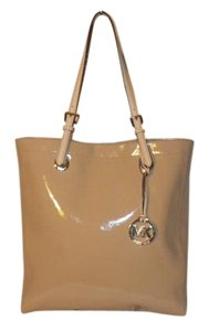 Michael Kors Micheal Tote in Nude