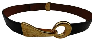 St. John Black Leather Gold Tone Buckle Belt S M Made in Italy