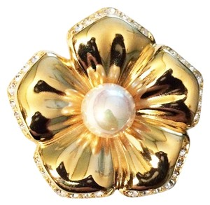 Nolan Miller Vintage Crystal & Pearl Flower Pin Brooch Gold Plated