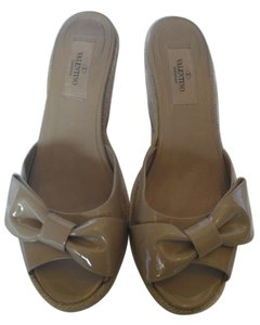 Valentino Camel Patent Wedges