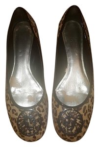 Anne Klein Brown and black Flats