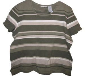 Croft & Barrow T Shirt Olive green, tan, and white