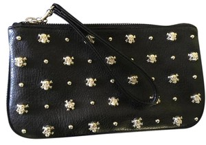 Express Wristlet in Black