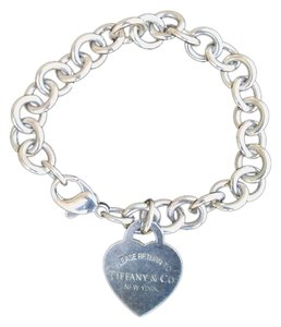 Tiffany & Co. Return To Tiffany(R) Sterling Silver Heart Tag Charm Bracelet