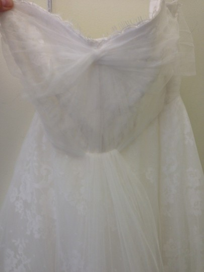 """Monique Lhuillier White Silk Lace with A Tulle Overlay """"Sugar"""" Feminine Wedding Dress Size 12 (L)"""