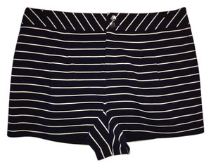 Vince Camuto Downtown Oasis Striped Dress Shorts NAVY STRIPE