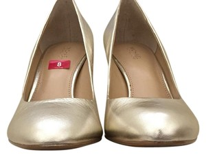 MICHAEL Michael Kors Soft gold Pumps