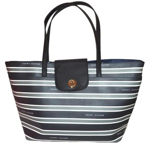 Tommy Hilfiger Tote in Gray/Navy